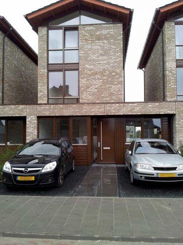 Basalt split aangelegd op parking