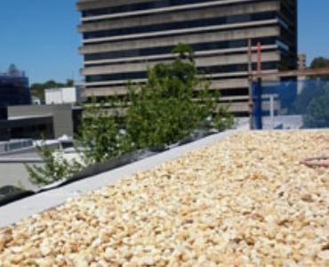 Ballastgrind op het dak: welke grindsoort kiezen?