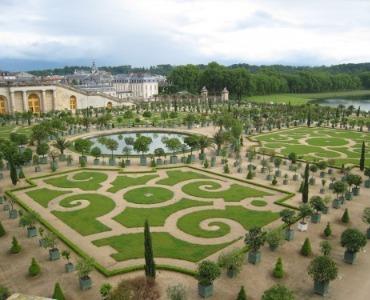 Groen en grind in de Franse tuin